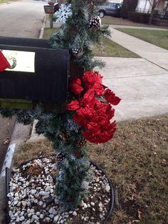 Mailbox decor for Christmas