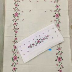 Discover thousands of images about This Pin was discovered by Sev Hand Embroidery Designs, Embroidery Stitches, Free To Use Images, Prayer Rug, Bargello, Cross Stitch Flowers, Needle And Thread, Cross Stitching, Needlework