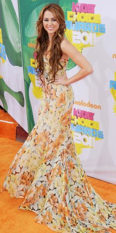 Miley Cyrus' 21 Best Looks Ever - Nickelodeon Kids' Choice Awards 2011 from #InStyle