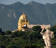 Monterrey, Mexico.......Down in the city is breathtaking......Jude