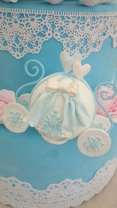 クレイで作る カボチャ馬車♡  I'm artist of wedding items by clay. I've spread Kawaii from  Japan.