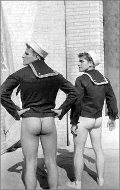 Lige militære mænd gay sex