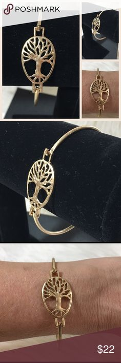 """✨NEW ARRIVAL✨Tree of Life Hook Bracelet✨ Beautiful matte Gold tone Tree of Life hook closure bracelet...simple and elegant! Perfect for everyday wear....Also have Tree of Life  earrings in a separate listing in my closet. H .75"""" D 2.5"""" Metal alloy dipped in GoldNO TRADESPRICE WILL BE FIRM UNLESS BUNDLED20% OFF BUNDLES Farah Jewelry Jewelry Bracelets"""