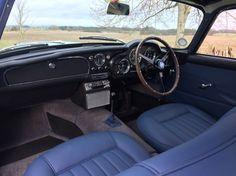 1960 Aston Martin DB4 - Series II Cuir bleu sublime.