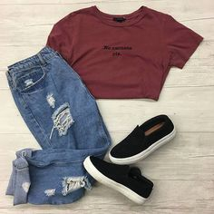 Casual Monday is here  Can't go wrong with some distressed denim and statement tee. Loving this #ootd at our HH location! | Jeans: Fashion Nova L $17 | | Tee: Forever 21 M $5 | | Shoes: Steve Madden 7.5 $16 | https://ift.tt/2EQL2on - facebook.com/rlwonderland