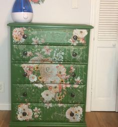 Have an old dresser that needs a new look? I loved this technique because it's so much easier to do than stenciling or free-hand painting, and the res… Diy Dresser Makeover, Furniture Makeover, Dresser Makeovers, Furniture Ideas, Paint Furniture, Chair Makeover, Furniture Refinishing, Refurbished Furniture, Repurposed Furniture