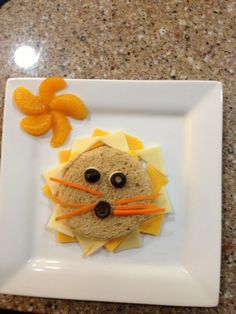 Lion sandwich. Fun food for kids.  Visit pinterest.com/arktherapeutic for more fun food and #feedingtherapy ideas