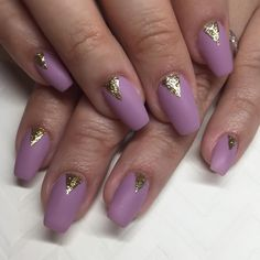 Matte mauve & shiny gold triangles for Leanne ✨ #nails #nailart #gel #acrylic #sparklesf #mauve #gold
