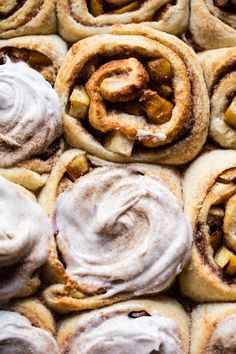 You Have Meals Poisoning More Normally Than You're Thinking That Apple Cinnamon Rolls With Cream Cheese Chai Frosting Apple Cinnamon Rolls, Cinnamon Apples, Brunch Recipes, Breakfast Recipes, Dessert Recipes, Eat Breakfast, Breakfast Ideas, Sweet Recipes, Paul Hollywood