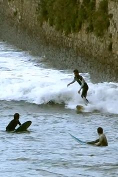 NobodySurf is a surf video app and website where you can find world's best free-surfing videos. Surfing Videos, Surf Music, Umea, Xmas Photos, Surfing Pictures, Skate Surf, Wet Dreams, Us National Parks, Surfs Up