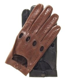 Fratelli Orsini Everyday Men's Italian Lambskin Leather Driving Gloves Size 9 Color Black Fratelli Orsini Everyday,http://www.amazon.com/dp/B007P6TCOW/ref=cm_sw_r_pi_dp_XknOsb1NVAWWEDQG