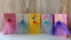 SEE MATCHING THANK YOU TAGS Pair these pretty bags with a character Thank You tags to complete the package! Check this link: https://www.etsy.com/listing/449958836/personalized-disney-princess-happy  Elevate your Disney Princess party with these very cute and artsy birthday favor bags! Bag is made of paper, decorated with princess images and tulle skirts.  Bag measures (excluding handle) 8.5 H x 5.25 W x 2.75 depth. Handle has 4 drop. If you need a bigger size, let me...