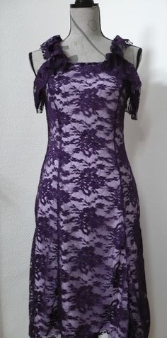 Kleid mit Rüschchen | dress made out of lace fabric