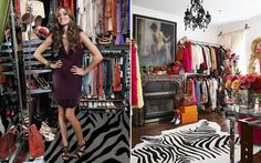 """A it girl Olivia Palermo sempre arrasa nos looks, por isso não duvidamos que o closet dela seja mesmo cheio de peças incríveis! """"É o espaço que eu mais amo na casa. Ele me representa"""", disse. O espaço conta com itens como o tapete de zebra na decoração, mas também tem um lado vintage com obras de arte e móveis antigos."""
