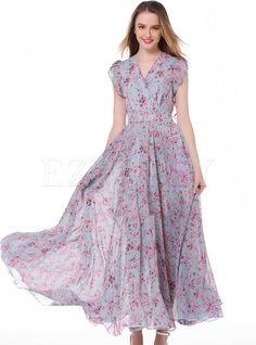 Shop Casual Floral Print V-neck Short Sleeve Splicing Slim Maxi Dress at EZPOPSY. Chiffon Dress Long, Maxi Dress With Sleeves, Short Sleeve Dresses, Chiffon Saree, White Chiffon, Floral Chiffon, Cheap Maxi Dresses, Casual Dresses, Long Dresses