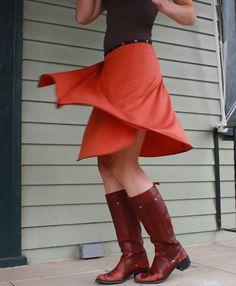 Erin Macleod, snap skirts