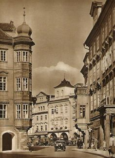 Karel Plicka shot fine monochrome photographs of Prague from the and documented a dark and mysterious Prague, a gothic and baroque Praha which. Heart Of Europe, Old Photography, Austro Hungarian, Czech Republic, Time Travel, Old Town, Old Photos, Most Beautiful Pictures, Folk Fashion