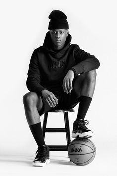 Aimé Leon Dore Celebrates Its Two-Year Anniversary With a Capsule Collection Photography Poses For Men, Portrait Photography, Fashion Photography, Family Photography, Photoshoot Themes, Photoshoot Inspiration, Sport Style, Sport Fashion, Mens Fashion