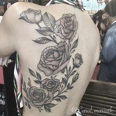 Tatuagem feita por @carol.mariath 🌸🌸🌸 Anna Carolina Vianna Tattooartist.Rj. Atendimento com hora marcada. 🎨 BARRA:2438-9108- GÁVEA: 2529-6414 - JACAREPAGUÁ: 2436-2486🎨 e-mail: carol.mariath94@gmail.com m.facebook.com/carolmariathtattoo