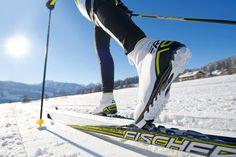 Hacer ejercicio durante el invierno tendrá recompensas a largo plazo. No dejes que el sedentarismo te gane la batalla.  Consejos: ►http://ynsa.diet/EjercicioEnInvierno