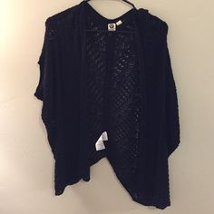 Roxy knitted sweater Black Roxy knitted sweater. Good condition only worn a few times! Roxy Sweaters Cardigans