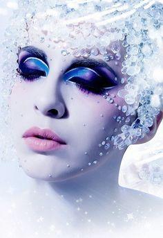 Winter queen makeup