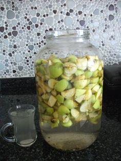 Fotoğraflarlaev yapımı sirke tarifi           İlaç kullanmadan yetişen elmalar bulunur kurtlu olması daha makbuldür( ilaç kullanmadığı...