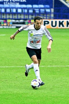 Louis Tomlinson at the charity match