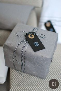 JOULUKALENTERI 13/24: Lahjat pakettiin Gift Packaging, Packaging Design, Packaging Ideas, More Fun, Projects To Try, Arts And Crafts, Wraps, Gift Wrapping, Paper