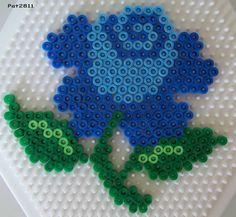 Pour réaliser ce modèle, il vous faut 1 grande plaque héxagonale (réf : 276). Hama Beads Design, Diy Perler Beads, Perler Bead Art, Pearler Beads, Fuse Beads, Pearler Bead Patterns, Perler Patterns, Pearl Beads Pattern, Art Perle