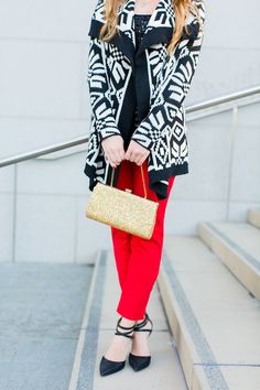 The perfect cozy (yet chic) holiday outfit!