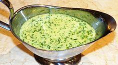 Sauce au beurre, ail, persil, moutarde, herbes, citron