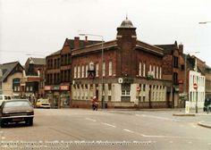 Carlton Road - Handel Street The Duke of Devonshire public house 1983