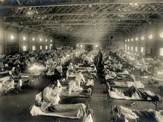 🇺🇸 An emergency hospital for the influenza epidemic (Camp Funston, Kansas, from New Contributed Photographs Collection / otis historical Archives / National Museum of Health and Medicine) 🎞 Flu Epidemic, Influenza Virus, Kansas, Emergency Hospital, Flu Mask, Mortality Rate, Flu Season, Historian, Historical Photos