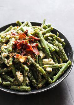 Easy Salad Recipes, Easy Salads, Healthy Dinner Recipes, Salad Menu, Salad Dishes, Crab Stuffed Avocado, Waldorf Salat, Cottage Cheese Salad, Light Summer Dinners