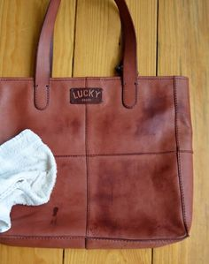 Removing Water Stains on Leather - Easy Steps with Pictures