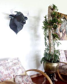 Planter Pots, Paper Crafts, Interior Design, Instagram, Spaces, Sculptures, Paper Envelopes, Nest Design, Tissue Paper Crafts
