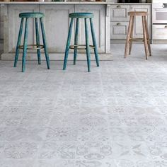 Faus Unico Traditional Tile
