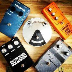 drool  Repost @innerflight:  I love big ass fuzz pedals #biggertheboxbiggerthetone #castledineelectronics #fuzz #pigdogpedals #buzzsound #supafuzz #micromeh #spaceface #fuzzface #faustone #fuzzfriday