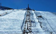"""Speciale """"Tra Sarnano e Caldarola , l'itinerario per i Monti Sibillini"""".  Piste da sci sui #MontiSibillini: Il comprensorio sciistico #Sassosetto Santa Maria Maddalena si snoda per 11 chilometri di piste da 1300 a 1680 metri di altezza, si può sciare anche in località #Pintura di Bolognola che supera i 1700 metri di altezza. Scopri tutto l'itinerario: http://www.allyoucanitaly.it/blog/sarnano-caldarola-itinerario-monti-sibillini"""