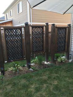 39 Smart Garden Screening Ideas for Outdoor Ideas. Naturally, a vertical garden is a g. Garden Privacy Screen, Privacy Fence Designs, Outdoor Privacy, Backyard Privacy, Outdoor Walls, Backyard Patio, Backyard Landscaping, Outdoor Spaces, Outdoor Living