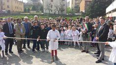 Inaugura la Casa dell'Acqua di Modigliana in Piazzale Ferrari, con la scuola. #modigliana #casadellacqua #inaugura #risparmio