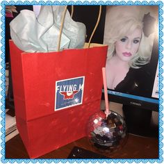 What a surprise to have this gift waiting for me when I got my #coffee this morning at @flyingmcoffeehouse! @machellemigneault and Glenda thank you so much! #blessed #glamourous #discoball #discocup #disco #shoplocal #flyingmcoffeehouse #boise #boiseidaho #idaho #downtownboise #treasurevalley #blondebombshell #bighair #boisesblondebombshell by minervajayne