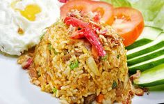 Nasi Goreng, Indonesian Food, Rice Recipes, Fried Rice, Fries, Food And Drink, Menu, Ethnic Recipes, Menu Board Design