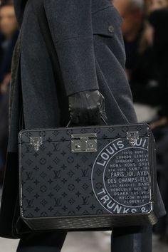 Louis Vuitton Fall 2016 Menswear Fashion Show – Men's style, accessories, mens fashion trends 2020 Louis Vuitton Paris, Louis Vuitton Handbags, Louis Vuitton Monogram, Louis Vuitton For Men, Lv Handbags, Fashion Bags, Mens Fashion, Fashion Purses, Fashion Menswear
