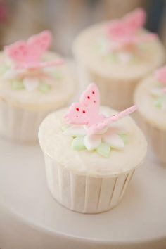 Fairy cupcakes - for big and little fairies. Fairy cupcakes - for big and little fairies. Fairy Cupcakes, Butterfly Cupcakes, Butterfly Party, Sweet Cupcakes, Butterfly Birthday, Garden Cupcakes, Fabric Butterfly, Coconut Cupcakes, Cheesecake Cupcakes