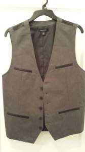 #review of #vest from #structure, now at #sears http://www.cefashion.net/review-structure-faux-leather-trimmed-vest-with-casual-button-down #fashion #style