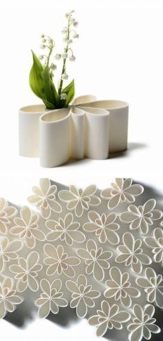 Kontur Vase White by  Normann Copenhagen