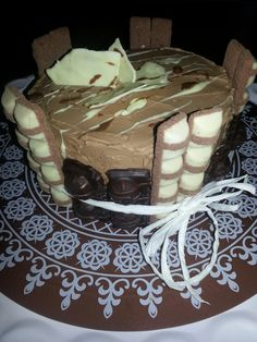 Chocolade Kinderbueno taart