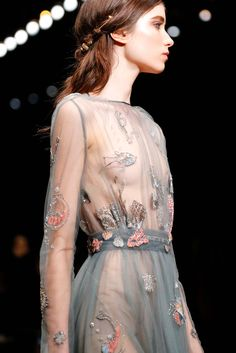 Valentino Spring 2015 Collection. I love this dress! Such a beautiful design.